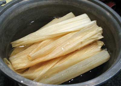 Chocolate Tamales - Cornhusks